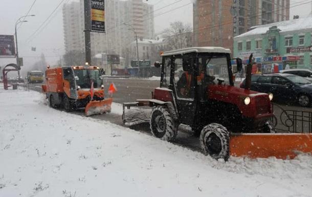 Киевлян просят ездить на автобусах вместо своих авто
