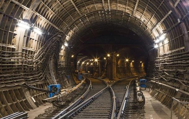 Детройт должен быть разрушен: столичному метро посвящается