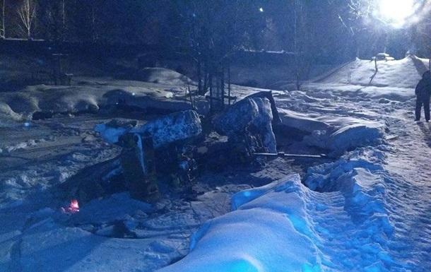 В Івано-Франківській області перекинувся екскаватор, є жертви