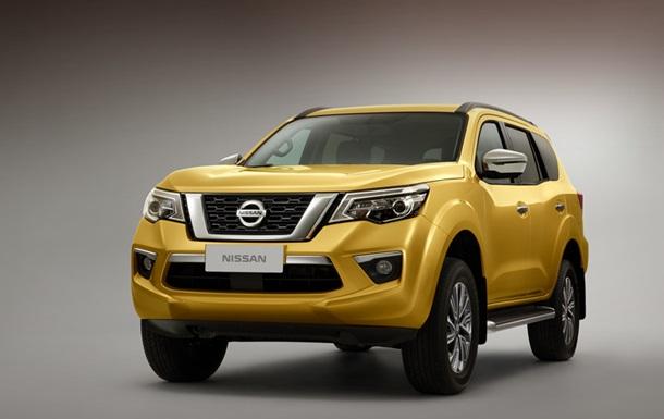 Обновленный Nissan Terra рассекретили в Сети