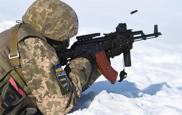 Підсумки 26.02: Суїциди в армії і  секс-гуру  з РФ