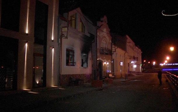 В Ужгороде снова подожгли офис Союза венгров