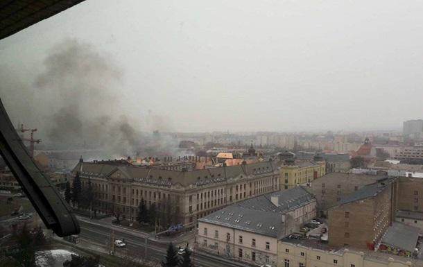 В Словакии горело здание налоговой инспекции