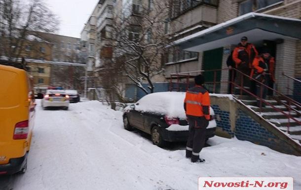 В орендованій квартирі Миколаєва господиня виявила три трупи