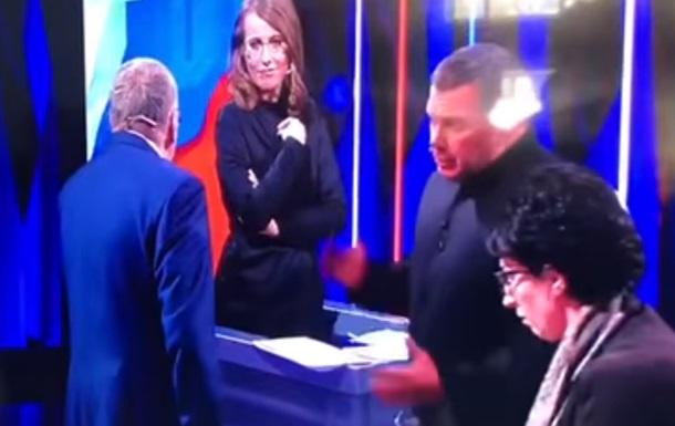 Жириновський у телеефірі накинувся з матами на Собчак