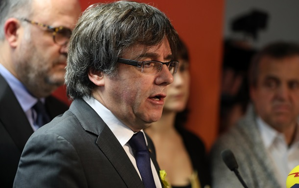 Парламент Каталонії відмовився підтвердити незалежність автономії