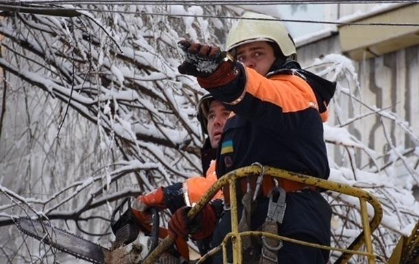 В Украине без света 63 населенных пункта