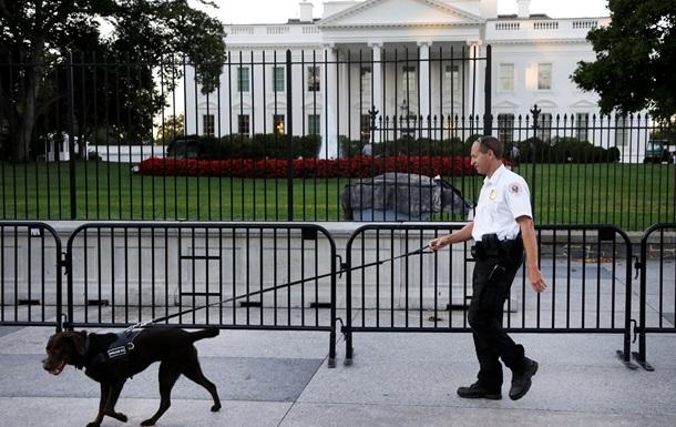 Біля Білого дому застрелився чоловік