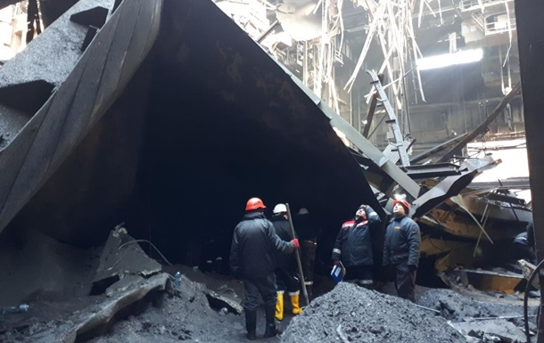 На заводе в Кривом Роге обрушилась крыша