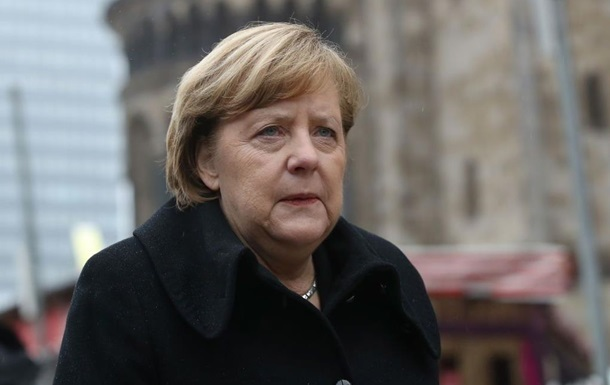 Президент Германии предложил Меркель на пост канцлера