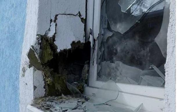 СЦКК: Сепаратисти обстріляли місто Щастя
