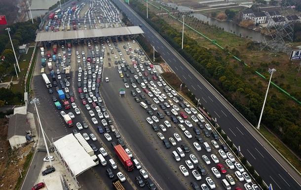 В Укравтодорі назвали вартість проїзду платною дорогою