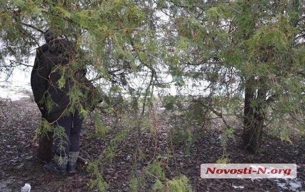 В центре Николаева повесился мужчина