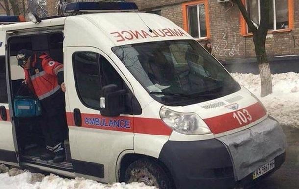 У Києві на вулиці померла жінка