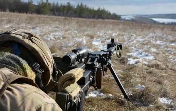 Боєць ЗСУ поранений під Красногорівкою - штаб