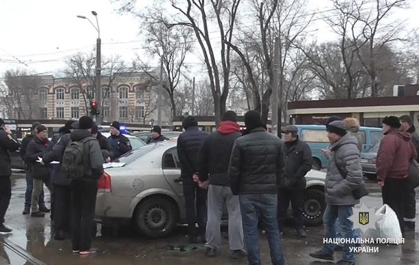 В Одесі нелегали травмували трьох поліцейських