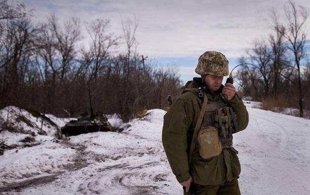 Доба в АТО: три обстріли, один загиблий