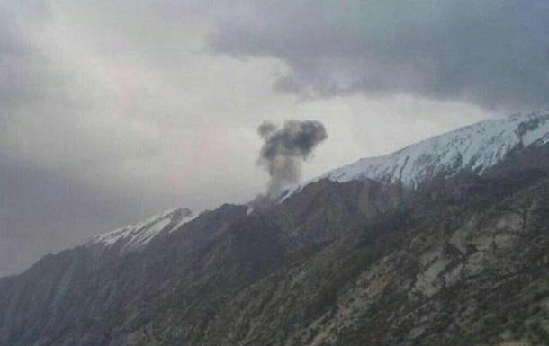 В Иране разбился турецкий самолет, 11 погибших