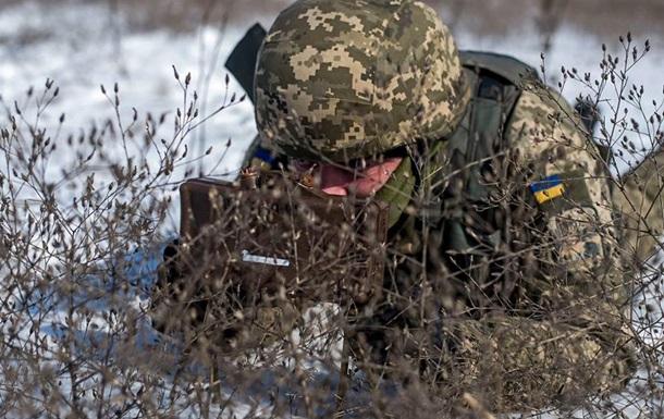 Штаб: За добу один військовий загинув, ще троє поранені