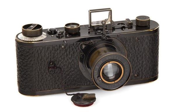 Одна из первых фотокамер продана за рекордные 2,4 млн евро
