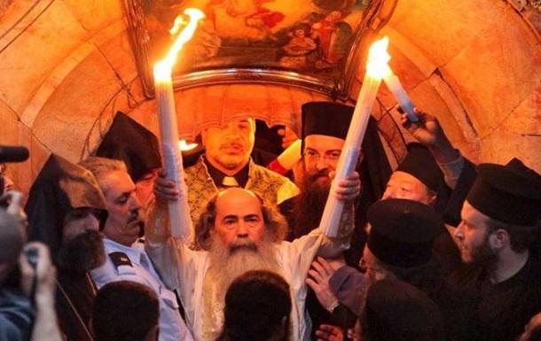 Священник из Иерусалима развенчал миф о  благодатном огне