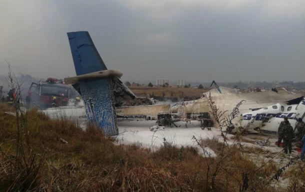 У столиці Непалу розбився пасажирський літак