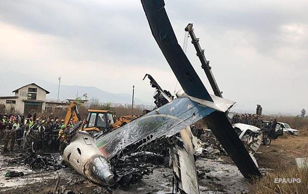 Авіакатастрофа в Непалі: загинули 50 осіб