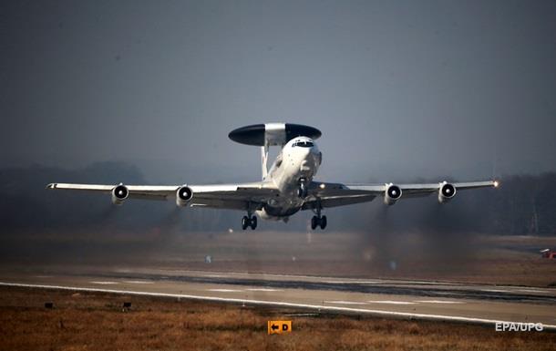 Літак НАТО провів розвідку біля кордонів Росії