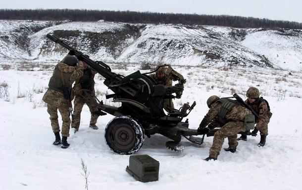 НаДонбасі задобу постраждав один український військовий— штаб АТО