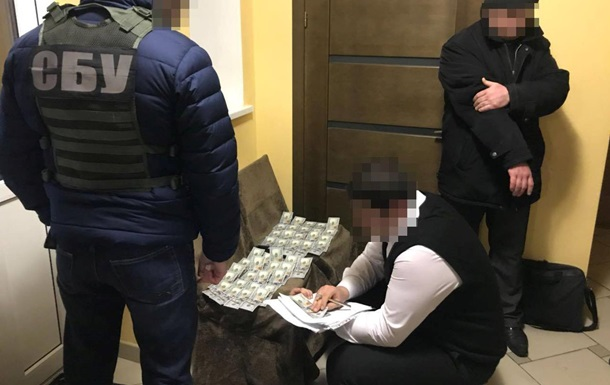 СБУ задержала на взятке депутата Сумского горсовета
