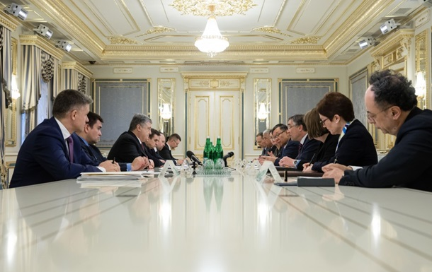 Порошенко призвал G7 осудить выборы РФ в Крыму