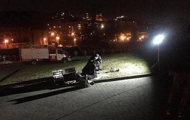 У Львові кинули вибухівку до польського Меморіалу орлят