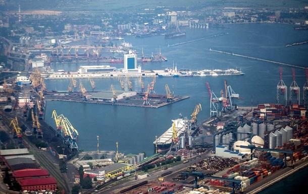 Государству от бизнеса: в Украину заходит крупный портовый оператор