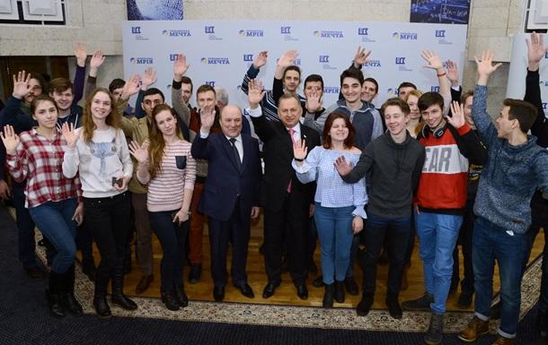 Борис Колесников дал старт студенческому проекту  Программист 2018  с поездкой в Токио