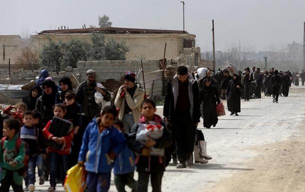 У Сирії десятки тисяч цивільних за добу втекли від боїв