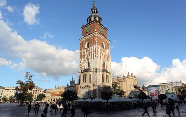 Польша упростит трудоустройство украинцев