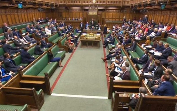 Британський парламент пропонує перенести Brexit