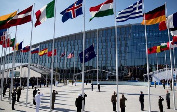 НАТО розпочинає переїзд у нову штаб-квартиру