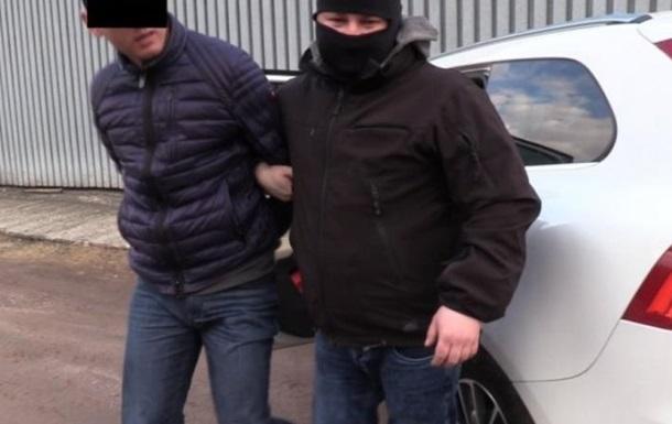 У Польщі затримали українців-контрабандистів сигарет
