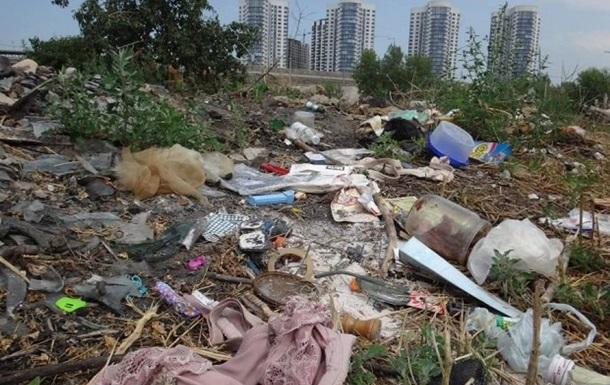 Небезпечний Донбас та сміттєва криза в усій Україні