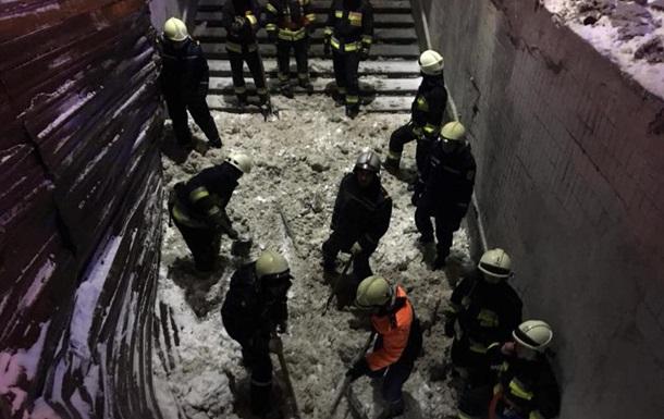 В Днепре обвалилась крыша подземного перехода