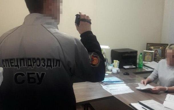 Під Миколаєвом на хабарі затримали голову управління юстиції