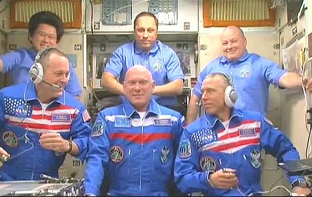 Екіпаж Союзу перейшов на МКС
