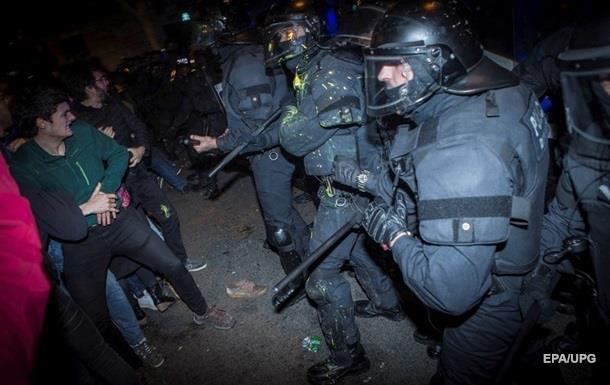 Столкновения в Каталонии: почти 100 пострадавших