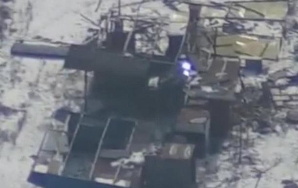 Дрон зафіксував невідому систему на окупованому Донбасі