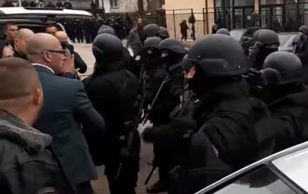 Полиция Косово задержала сербского министра