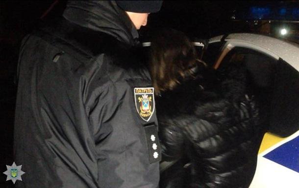 У Миколаєві мати скинула з мосту маленьку дитину