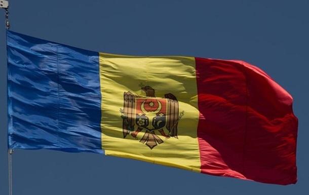 Молдова вышлет трех российских дипломатов