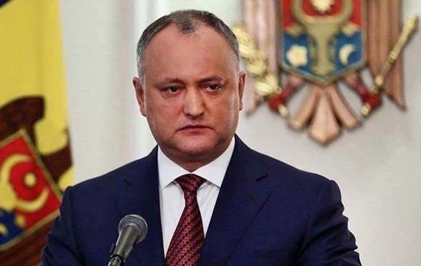 Президент Молдовы возмущен решением правительства выслать дипломатов РФ