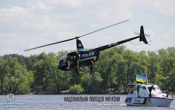 Поліція починає набір пілотів вертольотів